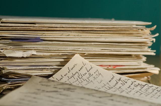 hromada dopisů