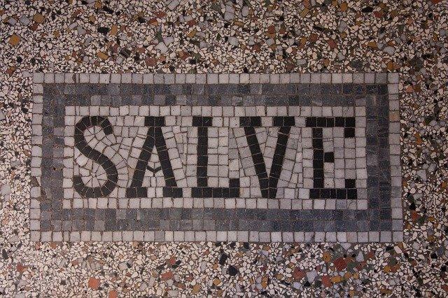 nápis na podlaze