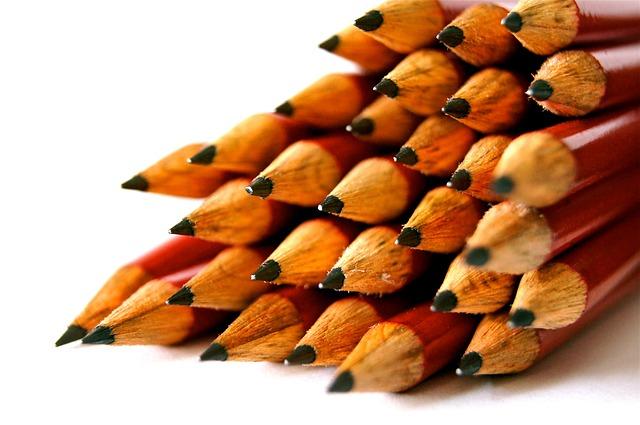 červené tužky