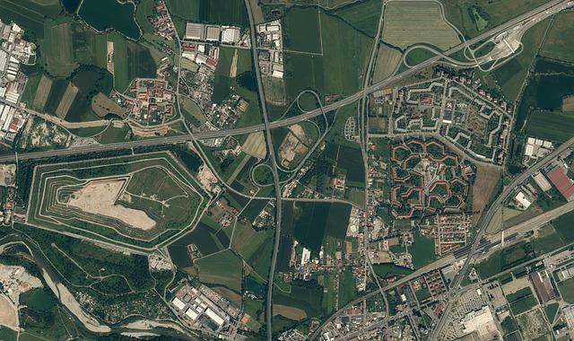 satelitní fotografie obce