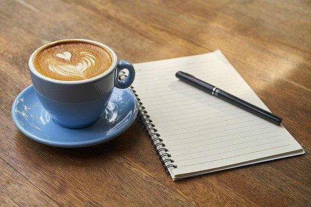 káva pero zápisník
