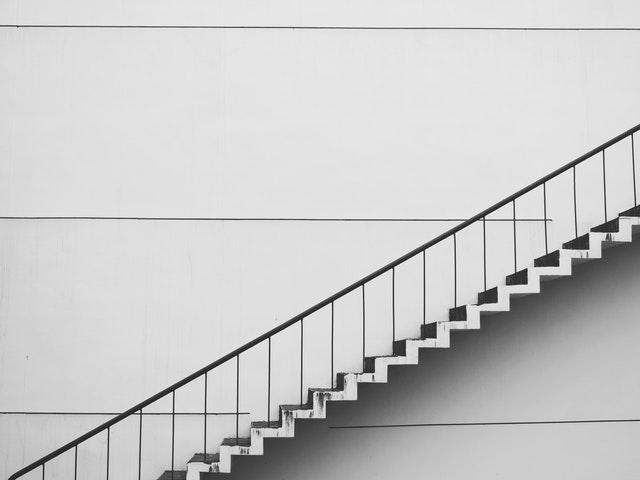zábradlí k jakémukoliv schodišti
