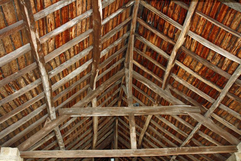 krov vytvořený z hranolů