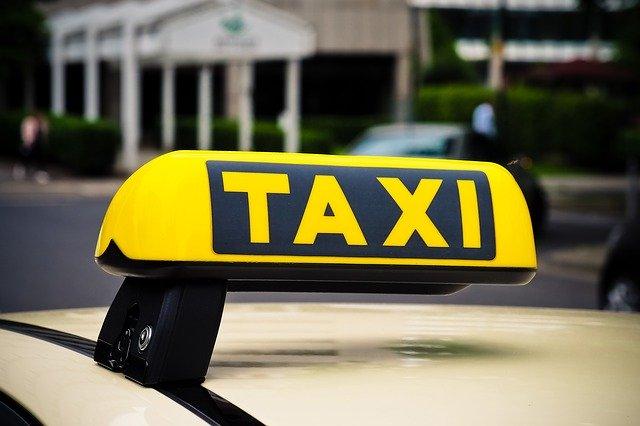 taxi znak