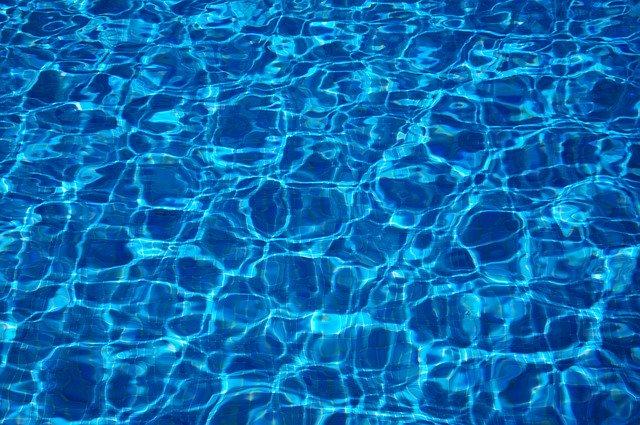 vodní hladina.jpg