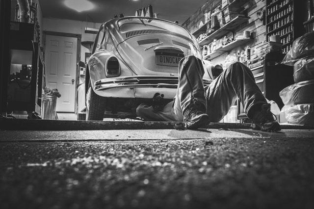 Plechová garáž pro vaše auto