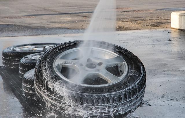 mytí hliníkových kol pneumatiky